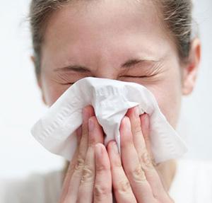 حساسیت و آلرژی فصل بهار و درمان آن