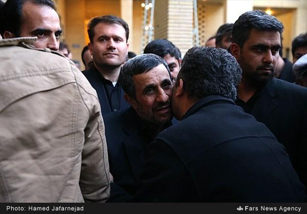 مادر دکتر احمدی نژاد دار فانی را وداع گفت+عکس های مراسم