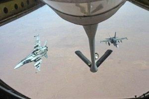 حملات نظامی عربستان و 10 کشور عربی منطقه به یمن