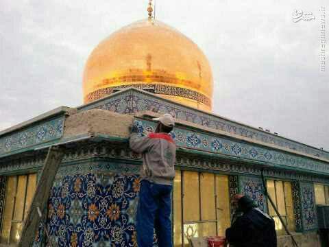 حرم حضرت زینب (س) و تعمیر کاشی کاری اش (عکس)