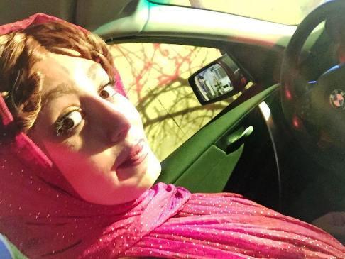 عکس سلفی سحر قریشی با چهره عجیب در BMW