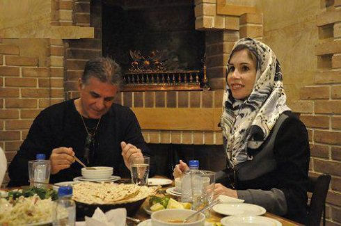 2 عکس جدید کی روش در کنار همسر دومش در ایران
