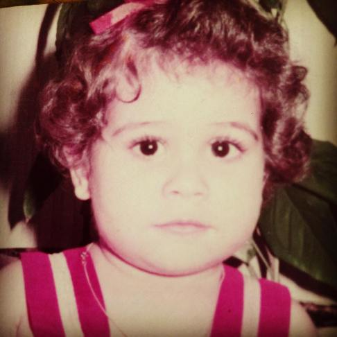 رز رضوی و عکس بچگی اش