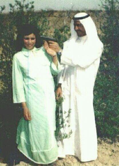 وقتی که صدام با همسرش شوخی خطرناک میکند (عکس)