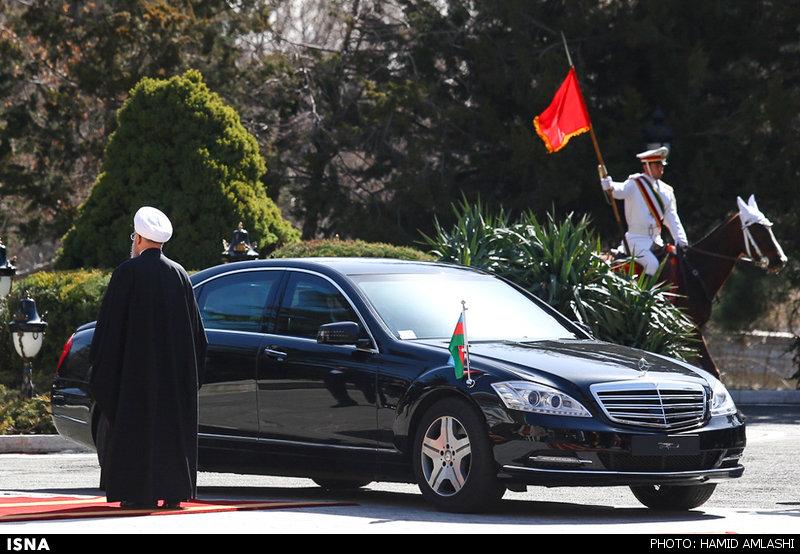 عکس استقبال روحانی با یک خودروی شیک از رئیس جمهور آذربایجان
