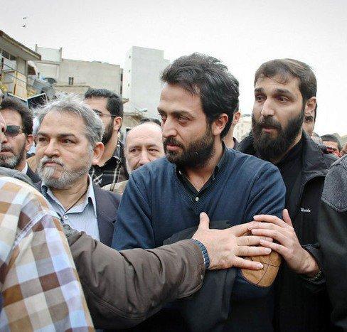عکس جدید مصطفی زمانی در مراسم تشبیع جنازه فرج الله سلحشور