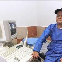تصاویر اکبر عبدی در بیمارستان برای عمل پیوند کلیه