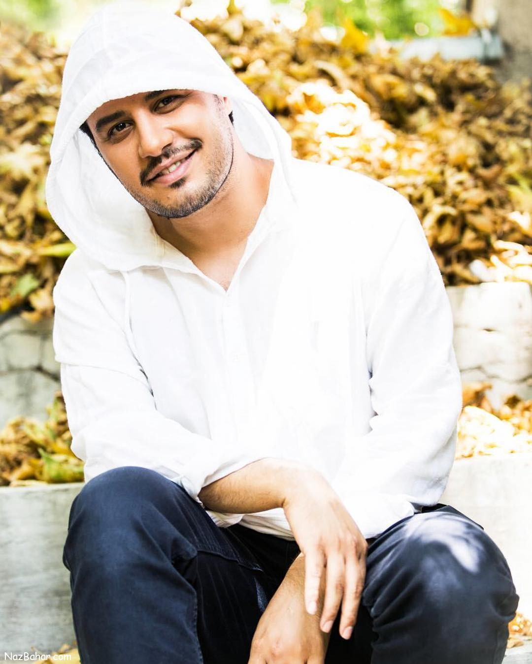 جواد عزتی و ستاره پسیانی ، اولین بازیگران «دوزیست»